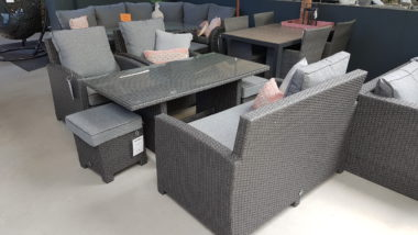 Birdwood lounge/dining set